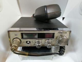 Emisoras Harry, Taylor y walkie Luthor TL-55
