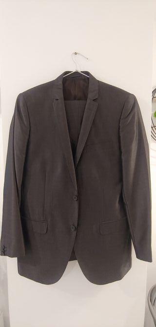Se vende traje chaqueta