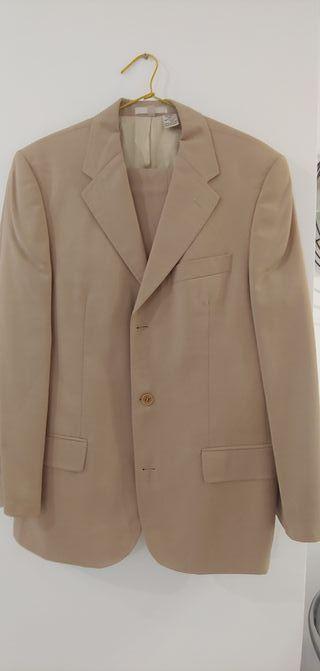 Se vende traje chaqueta Zara