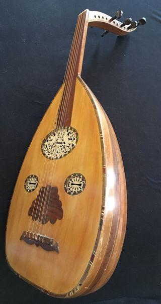 "Guitarra Arabe ""Oud"""