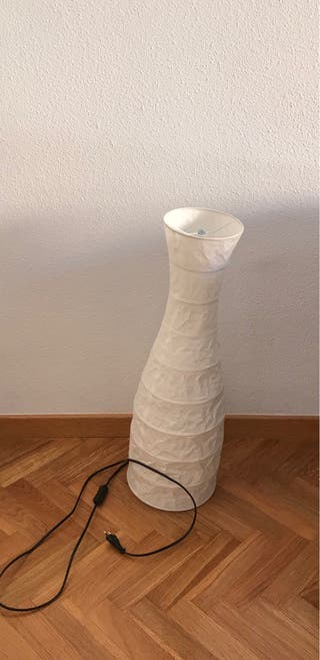 lampara de ikea de papel que bombilla