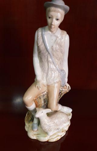 Figura pastorcillo de cerámica
