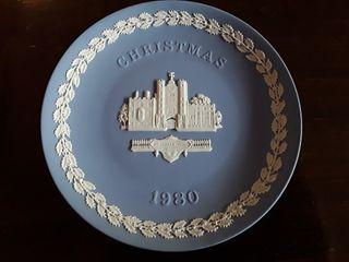 Plato porcelana inglesa Wedgwood. Navidad 1980