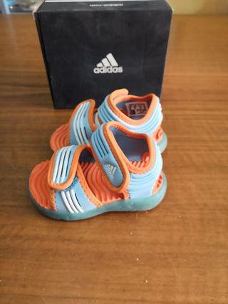 chanclas Adidas unisex talla 19
