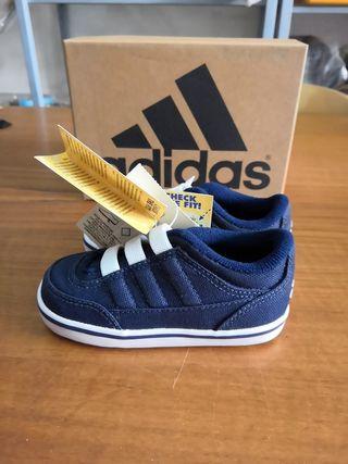 zapatillas niño Adidas talla 21
