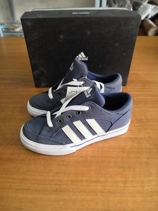zapatillas Adidas talla 32