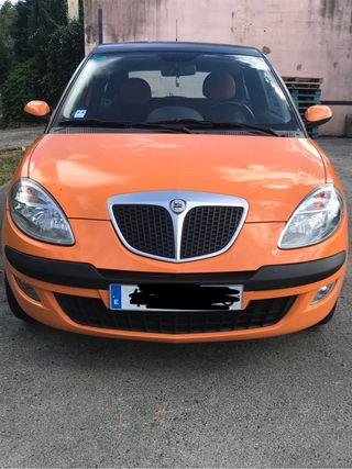 Coche pequeño: Lancia Ypsilon 2007