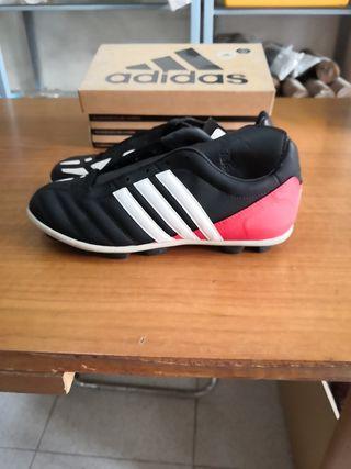 botas fútbol Adidas talla 38