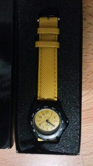 Reloj Amarillo Cutty Sark