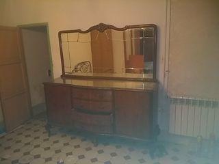 comoda vintage con espejo