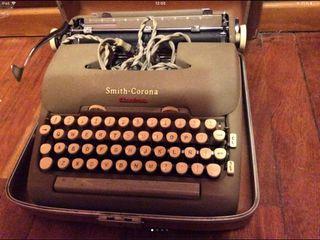 Smith corona eléctric typewriter