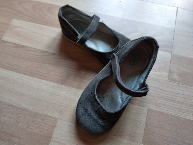 Zapatos niña serraje, marrón