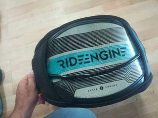 Arnés Kitesurf Ride Engine talla M