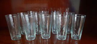 Cristalería de 12 vasos