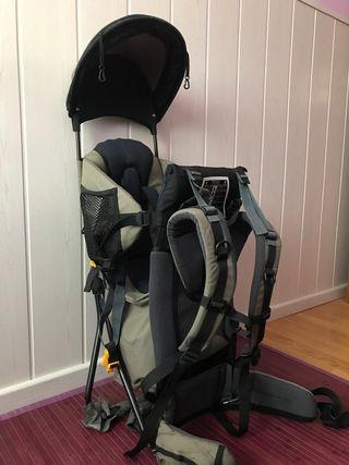 mochila portabebés para montaña
