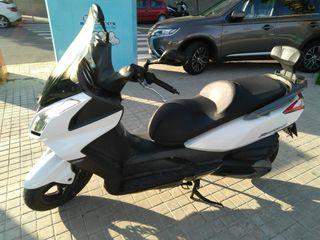 Moto Kymco Superdink 300i