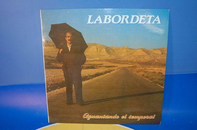 Lote de Vinilos y DVDs Jose Antonio Labordeta