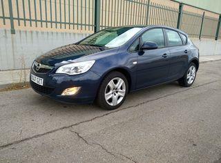 Opel Astra 1.4 100cv pocos kms y garantia