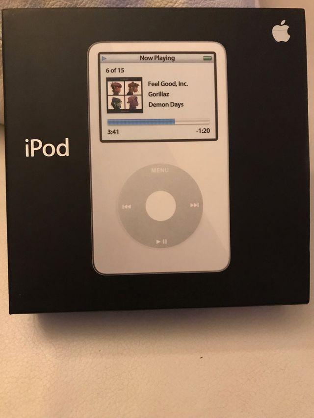 IPod Classic y iPod touch 4 generación de segunda mano por 1 € en ...