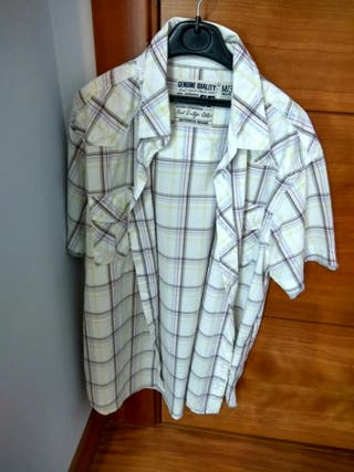 Ocasion lote 9 camisas talla l por 4 EURITOS