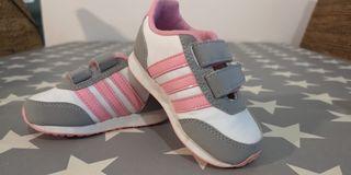 zapatillas Adidas niña t20