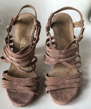 sandales à talon T.38 daim Beige Chanel