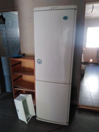 nevera refrigerador combi congelador antartik