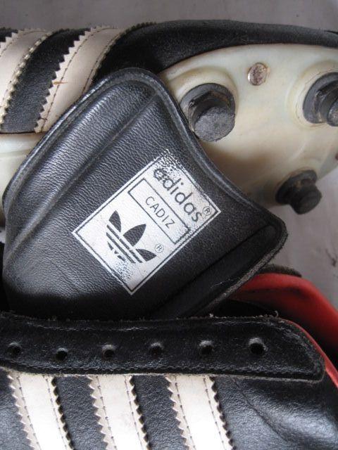 Autorización Estribillo hemisferio  Botas de fútbol antiguas cuero modelo Adidas Cádiz de segunda mano por 160  € en Sampil en WALLAPOP