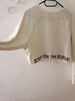 Suéter Blanco corto H&M talla M