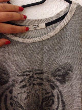 Suéter Mango gris Talla L