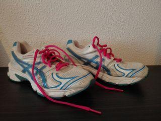 zapatillas running asics 37