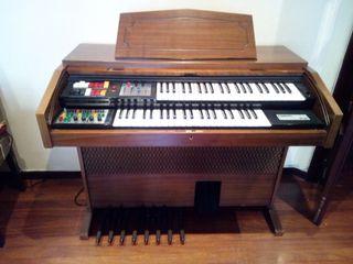 Organo electrónico vintage