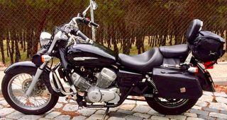 Honda Shadow 125 cc. Carnet de coche. Madrid.