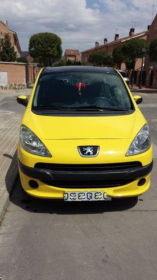 Peugeot 1007 1.4 75cv
