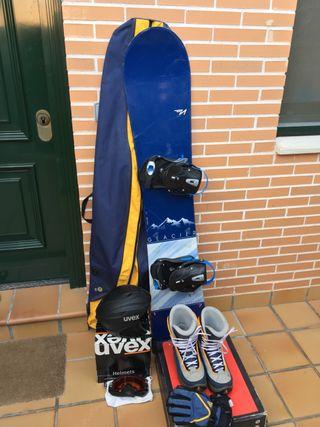 Snowboard tabla botas casco guantes