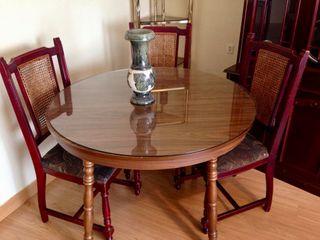 Mesa de salón o comedor redonda extensible