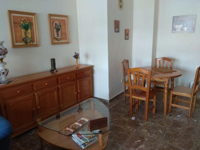 Muebles comedor madera pino de segunda mano por 270 € en Los Dolores ...