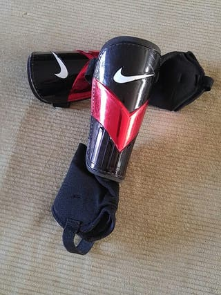 Espinilleras Nike niñ@s con tobilleras