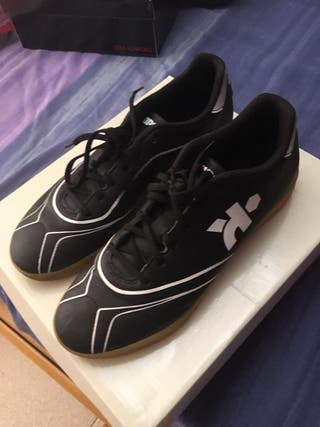 Zapatillas De Futbol Sala Madrid (Choices)