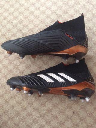 newest a6e60 b0951 Botas de fútbol Adidas predator mastecontrol