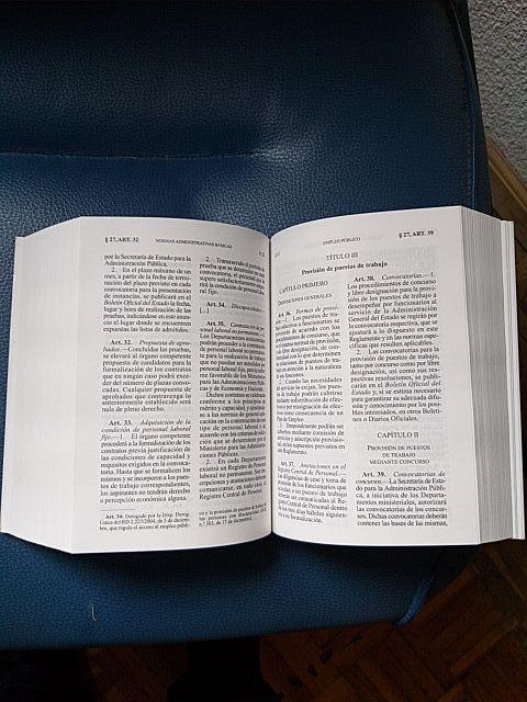 """Libro """"Normas administrativas Básicas"""""""