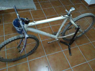 """Cuadro bicicleta nevada, llantas 26"""" Shimano LX"""