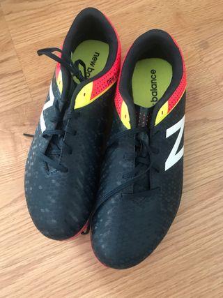 Botas de fútbol New Balance de segunda mano en la provincia de ... c38b0418d46d5