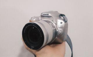 CAMARA REFLEX CANON EOS 200D PLATA