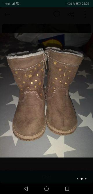 Botas estrellas talla 21
