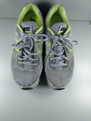 Zapatillas € Segunda 25 Talla 42 Mano 29 Por De Pegasus Nike En rQthds