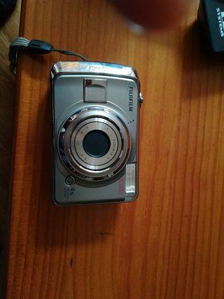 camara de fotos Fujilm finepix A820
