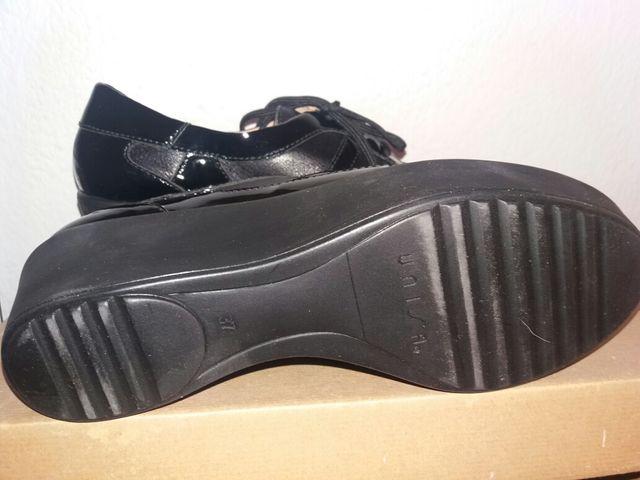 zapatos de mujer nuevos a estrenar