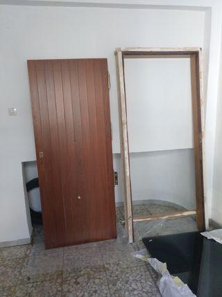 Puertas de madera exteriores de segunda mano en wallapop for Puertas correderas exteriores segunda mano