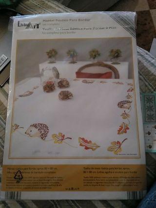 Mantel Para Bordar De Segunda Mano Por 6 En Malaga En Wallapop - Manteles-para-bordar